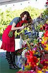 Florist working in shop Stock Photo - Premium Royalty-Free, Artist: Blend Images, Code: 614-06719194
