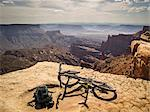 Dirt bike sitting on rocky overlook Stock Photo - Premium Royalty-Free, Artist: Cultura RM, Code: 614-06720073