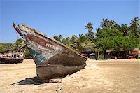 Boat on a beach in Goa, India Stock Photo - Premium Royalty-Freenull, Code: 600-06752621