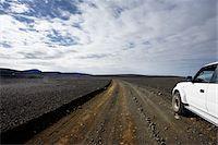 Jeep on Gravel Road, Icelandic Highlands, Iceland Stock Photo - Premium Royalty-Freenull, Code: 600-06758289