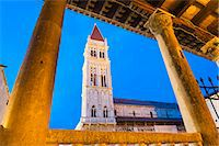 St. Lawrence Cathedral (Katedrala Sv. Lovre) at night, Trogir, UNESCO World Heritage Site, Dalmatian Coast, Croatia, Europe Stock Photo - Premium Rights-Managednull, Code: 841-06804786