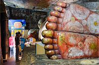 foot model - Buddha statues in Cave 1, Cave Temples, UNESCO World Heritage Site, Dambulla, North Central Province, Sri Lanka, Asia Stock Photo - Premium Rights-Managednull, Code: 841-06806019