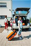Family Loading Van with Luggage for Vacation, Mannheim, Baden-Wurttemberg, Germany Stock Photo - Premium Royalty-Free, Artist: Uwe Umstätter, Code: 600-06808919
