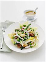 Asparagus, chicken and toasted bread salad Stock Photo - Premium Royalty-Freenull, Code: 649-06812190