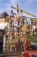 dyed - India, Madhya Pradesh, Orchha, view of Bazaar Stock Photo - Premium Rights-Managed, Artist: AWL Images, Code: 862-06825849