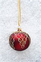 Red bauble with gold decoration Stock Photo - Premium Royalty-Freenull, Code: 649-06830071