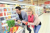 France, supermarket, happy customers. Stock Photo - Premium Rights-Managednull, Code: 877-06835746