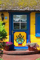 quaint house - Traditional ornate door in Born, Fischland-Darss-Zingst, Coast of the Baltic Sea, Mecklenburg-Western Pomerania, Germany, Europe Stock Photo - Premium Rights-Managednull, Code: 700-06892495