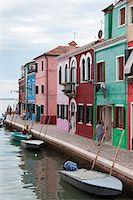 quaint house - Houses on the waterfront, Burano, Venice, Veneto, Italy, Europe Stock Photo - Premium Rights-Managednull, Code: 700-06895061