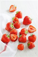 strawberries - Strawberries on a tea towel Stock Photo - Premium Royalty-Freenull, Code: 659-06900871