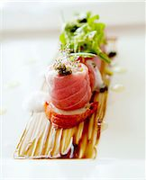 vanilla lobster with caviar Stock Photo - Premium Royalty-Freenull, Code: 659-06901128