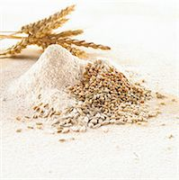 Grains of wheat, ears of wheat and wheat flour Stock Photo - Premium Royalty-Freenull, Code: 659-06902546