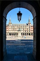 Europe, Spain, Comunidad de Madrid, Madrid, Plaza Mayor, Statue of King Philip III Stock Photo - Premium Rights-Managed, Artist: Siephoto, Code: 700-06943754