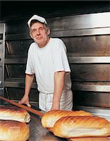 Portrait of a Male Baker Stock Photo - Premium Royalty-Freenull, Code: 6106-06996380