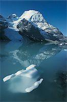 Berg Lake and Mount Robson, British Columbia, Canada, North America Stock Photo - Premium Royalty-Free, Artist: Blend Images, Code: 6106-07012707