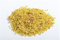 A ready-made mix of millet with dried fruit, nuts and spices Stock Photo - Premium Royalty-Freenull, Code: 659-07028505