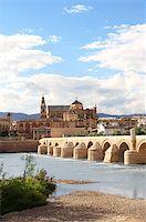 puentes - Great Mosque, Roman Bridge and Guadalquivir river, Cordoba, Spain Stock Photo - Royalty-Freenull, Code: 400-07061878