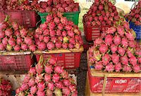 food stalls - Dragon Fruit, Vietnam, Indochina, Southeast Asia, Asia Stock Photo - Premium Rights-Managednull, Code: 841-07081517