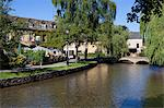 View along the River Windrush, Bourton-on-the-Water, Gloucestershire, Cotswolds, England, United Kingdom, Europe Stock Photo - Premium Rights-Managed, Artist: Robert Harding Images, Code: 841-07084113