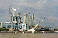 puentes - Puerto Madero bridge in Buenos Aires Stock Photo - Royalty-Freenull, Code: 400-07111236