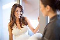 services - Woman and service worker in hotel Stock Photo - Premium Royalty-Freenull, Code: 649-07118219