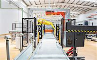production - Conveyor belt in factory Stock Photo - Premium Royalty-Freenull, Code: 6113-07160302