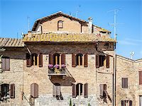 An image of a nice traditional old house in Tuscany Italy Stock Photo - Royalty-Freenull, Code: 400-07170671