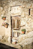 Picture of a door of a old house in tuscany, italy Stock Photo - Royalty-Freenull, Code: 400-07175206