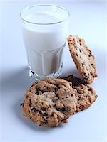 Cookies and milk Stock Photo - Premium Rights-Managednull, Code: 824-07193333