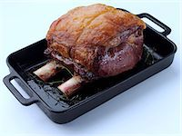 rib - Rib of beef in a roasting tin Stock Photo - Premium Rights-Managednull, Code: 824-07193613