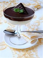 A glass of chocolate mint mousse dessert Stock Photo - Premium Rights-Managednull, Code: 824-07193688