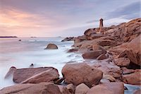 Lighthouse of Meen Ruz, Ploumanach, Cote de Granit Rose, Cotes d'Armor, Brittany, France, Europe Stock Photo - Premium Rights-Managednull, Code: 841-07201536