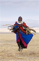 Young Masai girl  in the Serengei Plains, Tanzania. Stock Photo - Premium Rights-Managednull, Code: 841-07201614