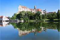 Sigmaringen Castle, Upper Danube nature park, Swabian Alb Baden Wurttemberg, Germany, Europe Stock Photo - Premium Rights-Managednull, Code: 841-07204431