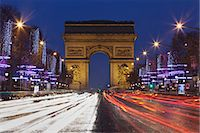 Champs Elysees and Arc de Triomphe at Christmas, Paris, Ile de France, France, Europe Stock Photo - Premium Rights-Managednull, Code: 841-07204440