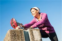 fitness   mature woman - Mature Woman Stretching Outdoors, Mannheim, Baden-Wurttemberg, Germany Stock Photo - Premium Royalty-Freenull, Code: 600-07237889