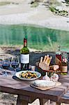 Wine and traditionally french food on picnic table Stock Photo - Premium Royalty-Free, Artist: Aflo Relax, Code: 649-07279978