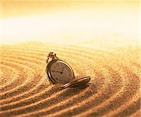 sand clock - Clock on sand Stock Photo - Premium Rights-Managednull, Code: 859-07356334