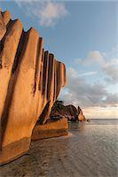 seychelles - Anse Source d'Argent beach, La Digue, Seychelles, Indian Ocean, Africa Stock Photo - Premium Royalty-Freenull, Code: 6119-07443750