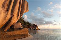 seychelles - Anse Source d'Argent beach, La Digue, Seychelles, Indian Ocean, Africa Stock Photo - Premium Royalty-Freenull, Code: 6119-07443751