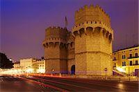 Torres de Serranos city gate at dusk, Valencia, Comunidad Valencia, Spain, Europe Stock Photo - Premium Royalty-Freenull, Code: 6119-07451891