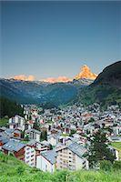 small town snow - The Matterhorn, 4478m, and Zermatt, Valais, Swiss Alps, Switzerland, Europe Stock Photo - Premium Royalty-Freenull, Code: 6119-07452414