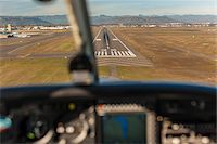 Landing a light aircraft at MFR, Medford, Oregon, USA Stock Photo - Premium Rights-Managednull, Code: 700-07453817