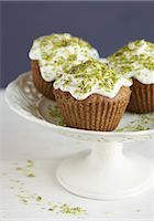 food - Pistachio cupcakes Stock Photo - Premium Rights-Managednull, Code: 825-07522681
