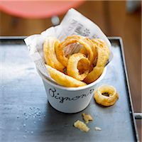 food - Onion rings Stock Photo - Premium Rights-Managednull, Code: 825-07522843