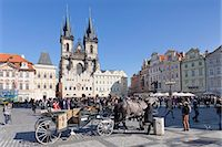 Horse carriage at the Old Town Square (Staromestske namesti) with Tyn Cathedral (Church of Our Lady Before Tyn), Prague, Bohemia, Czech Republic, Europe Stock Photo - Premium Rights-Managed, Artist: Robert Harding Images, Code: 841-07540374
