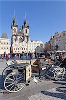 Horse carriage at the Old Town Square (Staromestske namesti) with Tyn Cathedral (Church of Our Lady Before Tyn), Prague, Bohemia, Czech Republic, Europe Stock Photo - Premium Rights-Managed, Artist: Robert Harding Images, Code: 841-07540375