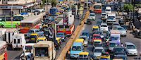 Traffic congestion on downtown highway to Bandra, Andheri and Santacruz and access route to the BKC Complex in Mumbai, India Stock Photo - Premium Rights-Managednull, Code: 841-07540474