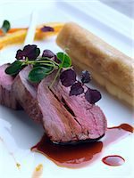 gourmet beef meal by Andy Taylor of Taylormade food Stock Photo - Premium Rights-Managed, Artist: foodanddrinkphotos, Code: 824-07585926