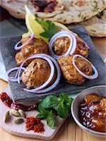 paprika - Chicken tikka with red onion slices and spices Stock Photo - Premium Rights-Managednull, Code: 824-07585945